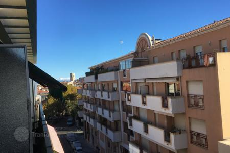 Cheap residential for sale in Antibes. Sole Agent — Antibes center