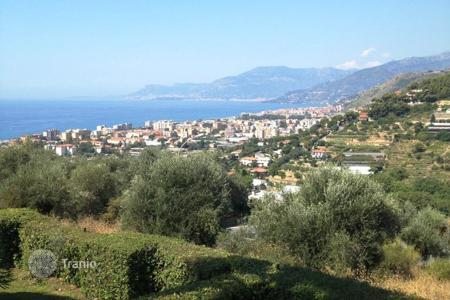 Apartments with pools for sale in Bordighera. Apartment – Bordighera, Liguria, Italy