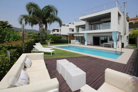 Houses with pools for sale in Vilassar de Dalt. Detached house in Vilassar de Dalt