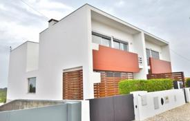Townhouses for sale in Lisbon. Townhouse in Cascais