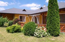 Residential for sale in Remeteszőlős. Detached house – Remeteszőlős, Pest, Hungary