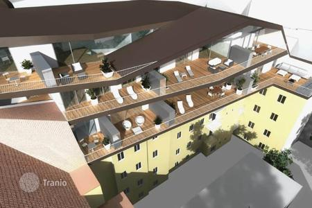 1 bedroom apartments for sale in Graz. Three-room apartment with two large balconies in the center of Graz