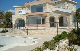 6 bedroom houses by the sea for sale in Peyia. Stone villa with unobstructed sea views and only 400 meters to the sea
