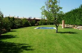 Property for sale in Navata. Detached house – Navata, Catalonia, Spain