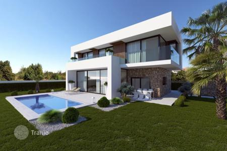 4 bedroom houses for sale in Costa Blanca. New villa in an elite gated residence with a tennis court, a restaurant and a spa, near the beaches, Benidorm, Spain. Installment payment!