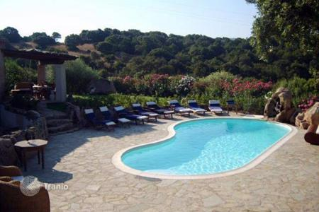 3 bedroom villas and houses to rent in Italy. Villa - Porto Cervo, Sardinia, Italy