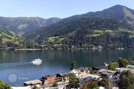 3 bedroom apartments for sale in Austria. Spacious triplex with the view of the lake