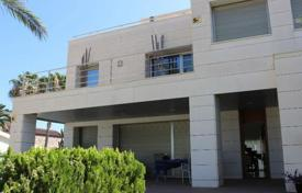 Houses with pools by the sea for sale in Costa Blanca. Villa – Orihuela Costa, Valencia, Spain