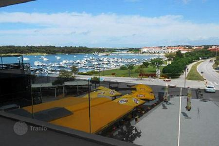 2 bedroom apartments for sale in Medulin. Spacious apartment in new building by the sea, Medulin, Croatia