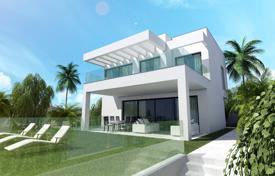 Development land for sale in Costa del Sol. Wonderful Residential Plot with Project for Contemporary Villa, Cala de Mijas, Mijas Costa