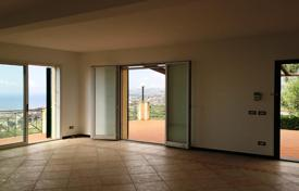 Luxury 3 bedroom houses for sale in Italy. Villa – Sanremo, Liguria, Italy