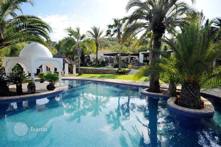 Houses with pools for sale in Sant Joan de Labritja. Villa – Sant Joan de Labritja, Ibiza, Balearic Islands,  Spain