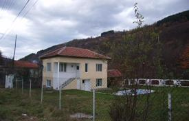 Cheap houses for sale in Lovech. Detached house – Apriltsi, Lovech, Bulgaria