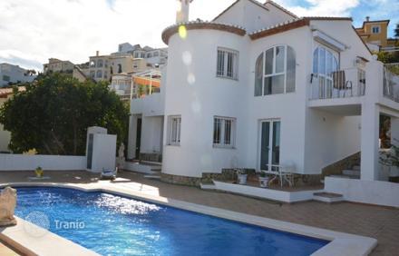 Купить недвижимость в дении в испании