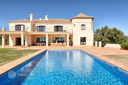 Houses for sale in Andalusia. Impressive Villa in Marbella Club Golf Resort, Benahavis