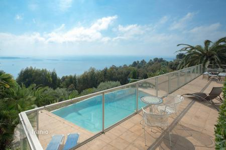 Luxury 4 bedroom houses for sale in Vallauris. Super Cannes — Panoramic sea view