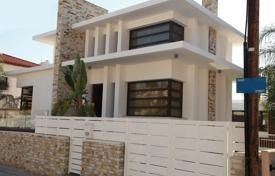 5 bedroom houses by the sea for sale in Larnaca. Five Bedroom Luxury House — Vergina