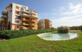 Furnished two-bedroom penthouse in Punta Prima, Alicante, Spain for 80,000 €