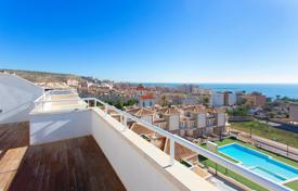 3 bedroom apartments by the sea for sale in Costa Blanca. New three-bedroom apartment near the beach in Santa Pola, Alicante, Spain