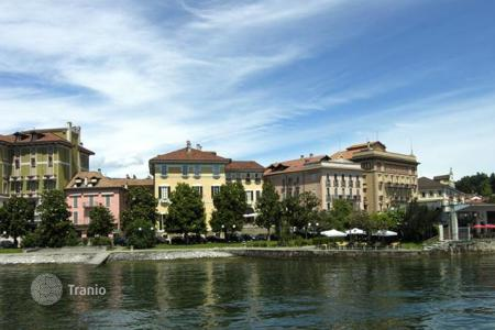 4 bedroom apartments for sale in Maggiore (Italy). Apartment – Verbania, Piedmont, Italy