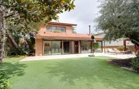 Villa with a garden, a swimming pool and a parking, Barcelona, Spain for 3,900,000 €
