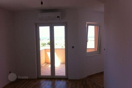 Property for sale in Zadar County. House Island
