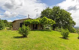 Residential for sale in Scansano. Completely restored independent farmhouse