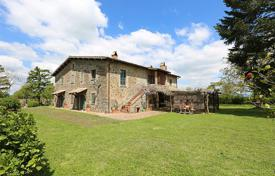 Houses for sale in Terni. Exclusive farmhouse for sale in Umbria, in the town of Castel Giorgio
