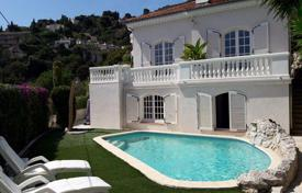 4 bedroom houses for sale in Villefranche-sur-Mer. Villa with swimming pool in Villefranche-Sur-Mer