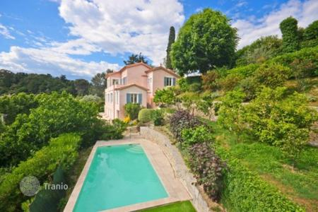 Luxury residential for sale in Villeneuve-Loubet. Villa – Villeneuve-Loubet, Côte d'Azur (French Riviera), France