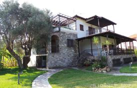 6 bedroom houses by the sea for sale in Kassandreia. Villa – Kassandreia, Administration of Macedonia and Thrace, Greece