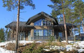 Property for sale in Central Finland. Two-storey cottage with a spacious terrace, surrounded by a picturesque natural landscape, Jämsä, Finland