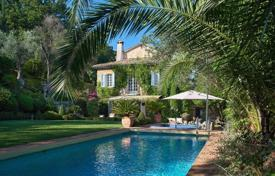 3 bedroom houses for sale in Chateauneuf-Grasse. Chateauneuf de Grasse
