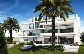 Luxury 3 bedroom apartments for sale in Côte d'Azur (French Riviera). Spacious apartment with a terrace, a parking and a sea view in a new residence, Beaulieu-sur-Mer, France