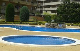 Apartments with pools for sale in Blanes. For sale fantastic flat in Blanes, of 1 bedroom bedroom and a LOVELY TERRACE!