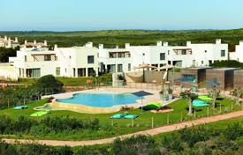 Apartment in a residential complex with a swimming pool, within walking distance from the ocean, Faro, Portugal for 614,000 $