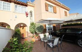 Townhouses for sale in Balearic Islands. Renovated townhouse with a garden and a parking, Magaluf, Spain
