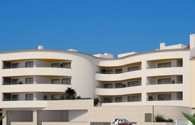 2 bedroom apartments for sale in Faro. Luxury 2 bedroom Gama Residence apartment, close to Lagos Marina