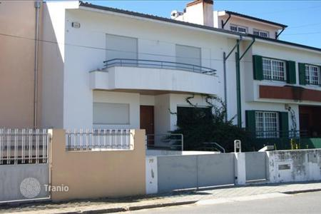 Bank repossessions residential in Portugal. Townhouse in Pedroso, Porto