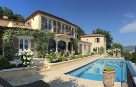 Residential to rent in Gassin. Close to Saint-Tropez — Splendid villa with panoramic sea view
