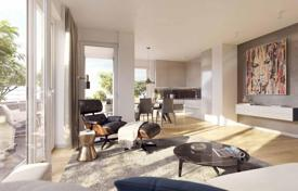 New homes for sale in Bavaria. Two bedroom apartment with 2 balconies in a new residential complex in Munich, Bogenhausen district