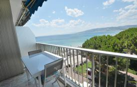 1 bedroom apartments for sale in Côte d'Azur (French Riviera). 1 bedroom apartment with sea views — Juan les Pins centre