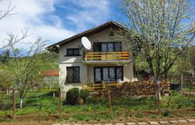 Residential for sale in Trudovets. Detached house – Trudovets, Sofia region, Bulgaria