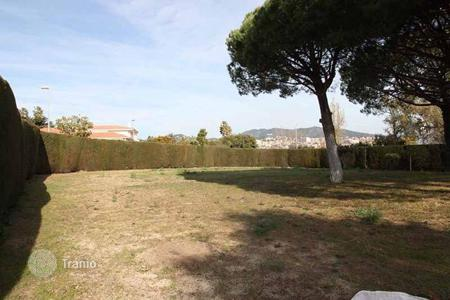Coastal development land for sale in Alella. Development land – Alella, Catalonia, Spain