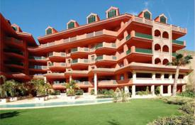 Apartments with pools for sale in Benalmadena. Furnished apartments in Benalmádena