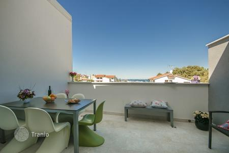 Coastal residential for sale in Vrsar. Townhome – Vrsar, Istria County, Croatia