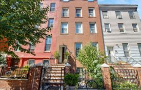 Villas and houses to rent in New York City. Finally Pix & Floor Plan: 2 Fam (Triplex Over Garden Apt.) Brick Townhse — Clinton Hill's Wallabout