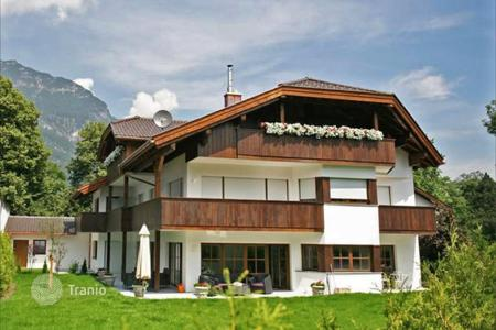 Apartments for sale in Bavaria. Luxury apartments in Garmisch, with panoramic views of the Alpine peaks