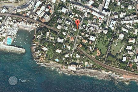 Coastal residential for sale in Genoa. Villa - Genoa, Liguria, Italy