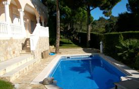 5 bedroom villas and houses to rent in Catalonia. Villa – Castell Platja d'Aro, Catalonia, Spain